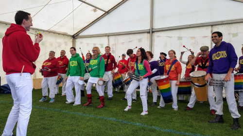 Arco Iris get the party started with Samba beats